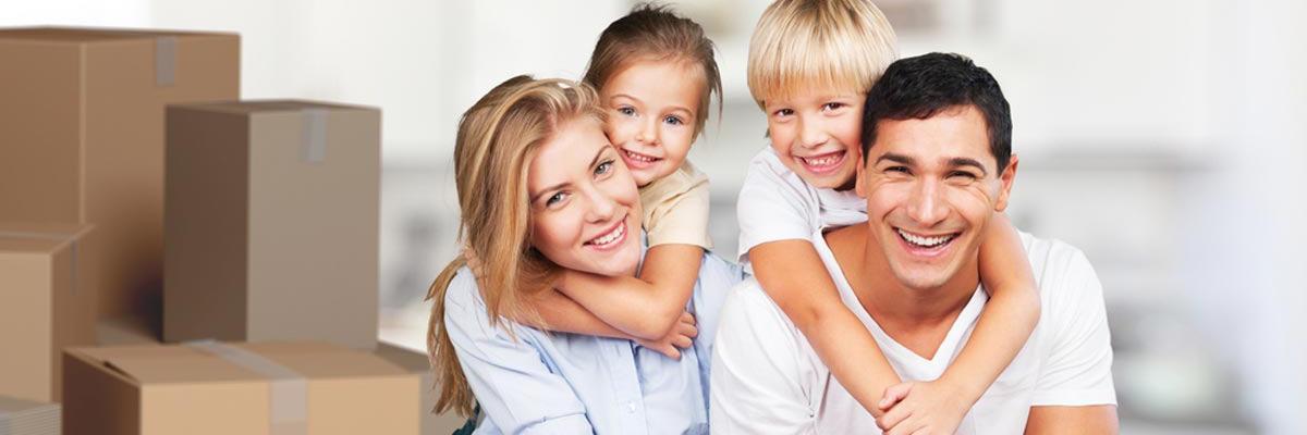 junge-familie-umzug_slide